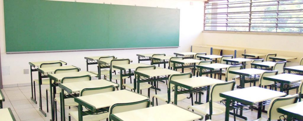 Censo 2017: Ensino Médio diminui e mantém 1,5 milhão de excluídos